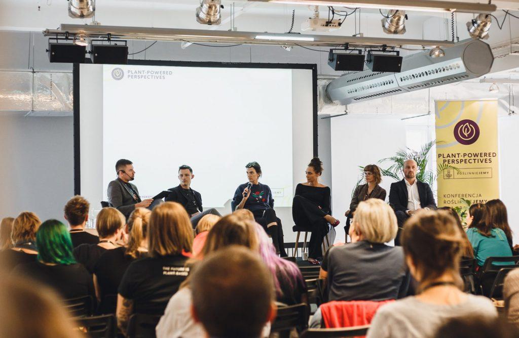 konferencia panelová diskusia