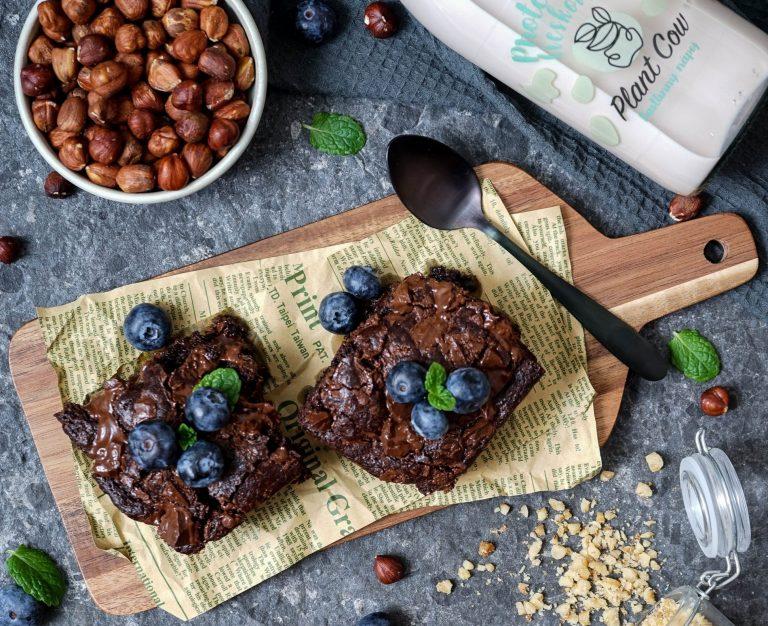 brownies s cokoladou a orechmi