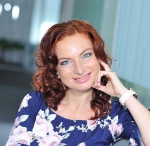 Simona Uhrinová
