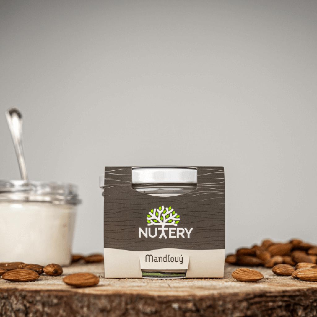Nuttery jogurt